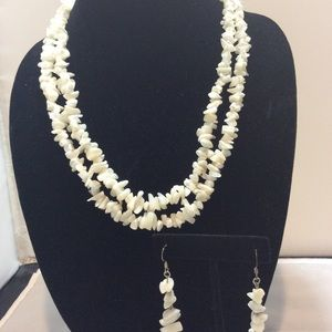Off white shell necklace & earrings